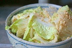 画像1: 菜香や■有機米ぬかで漬けた無添加熟成ぬか床漬け【白菜ぬか漬け】 (1)